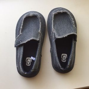 Other - Brand new toddler slip on shoes with Velcro size 8